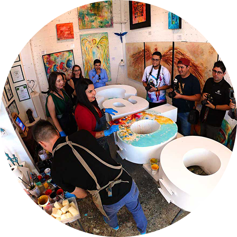 San Jose del Cabo's Mayoress visits the gallery